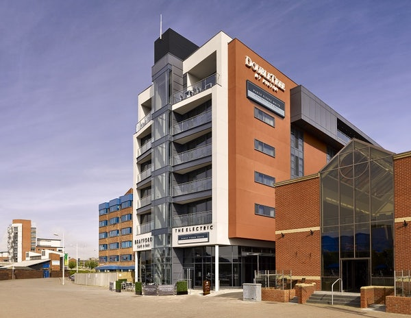 DOUBLETREE BY HILTON LINCOLN header image