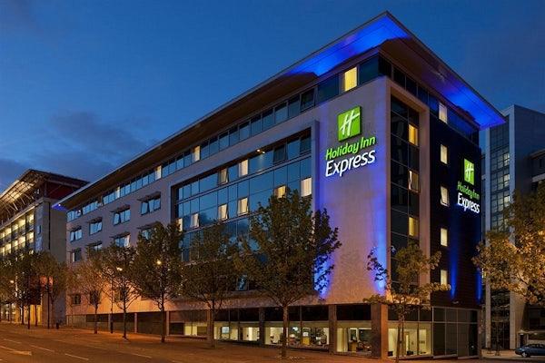 HOLIDAY INN EXPRESS NEWCASTLE CITY CENTRE header image
