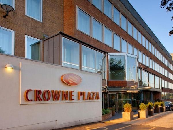 CROWNE PLAZA LONDON EALING header image
